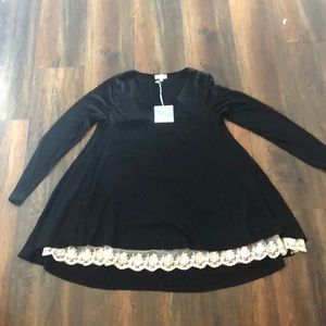 Black swing top with lace bottom